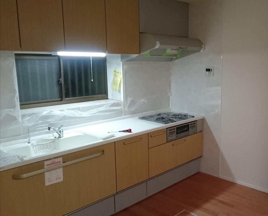 システムキッチンは自分で取り付けられる!