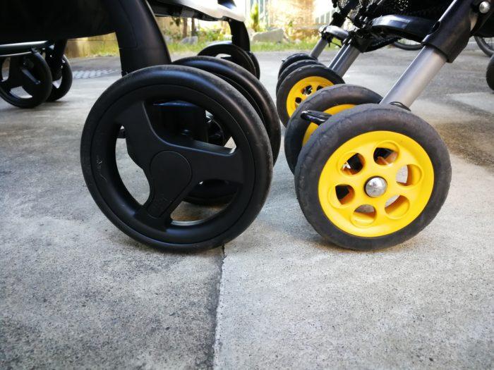 双子用ベビーカー タイヤの大きさ 比較