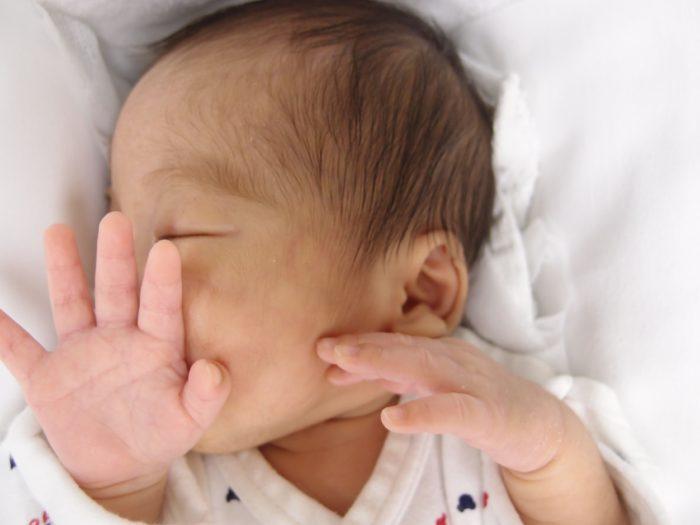 赤ちゃん 車 寝る