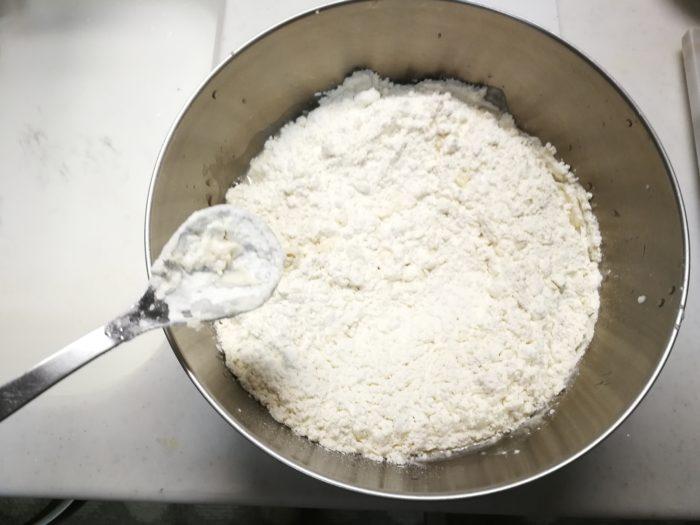 粉の撹拌 プロのピザ生地