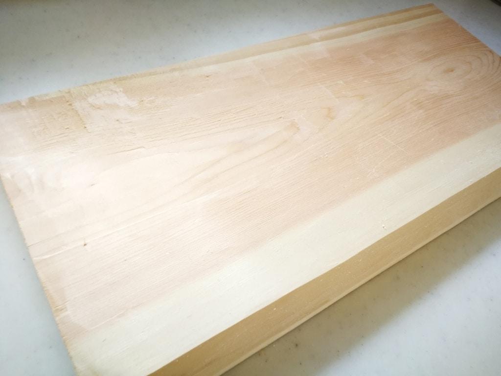 まな板を削る