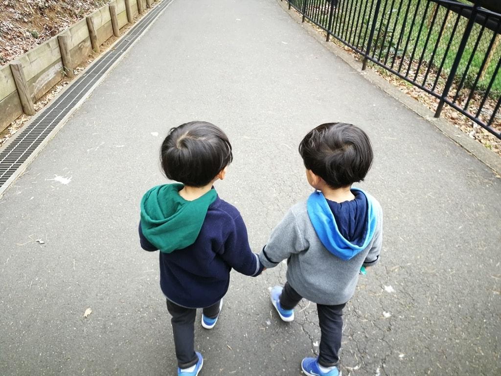 双子の育児
