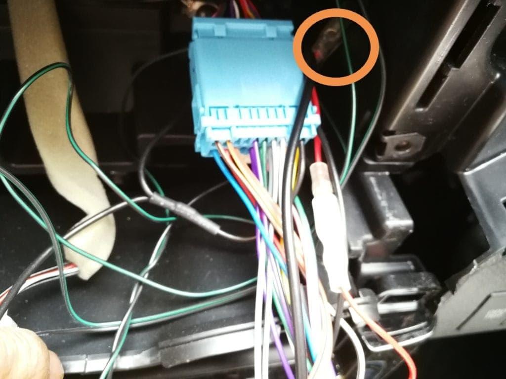 ドライブレコーダー 配線