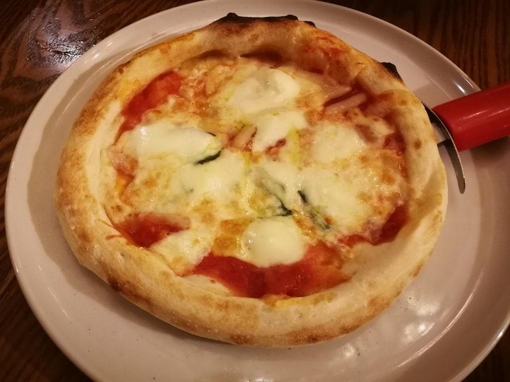 ラパウザ マルゲリータピザ