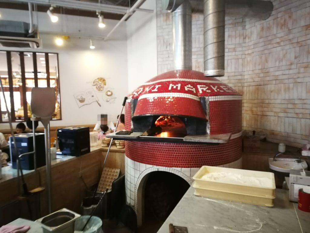 マカロニ市場 ピザ窯