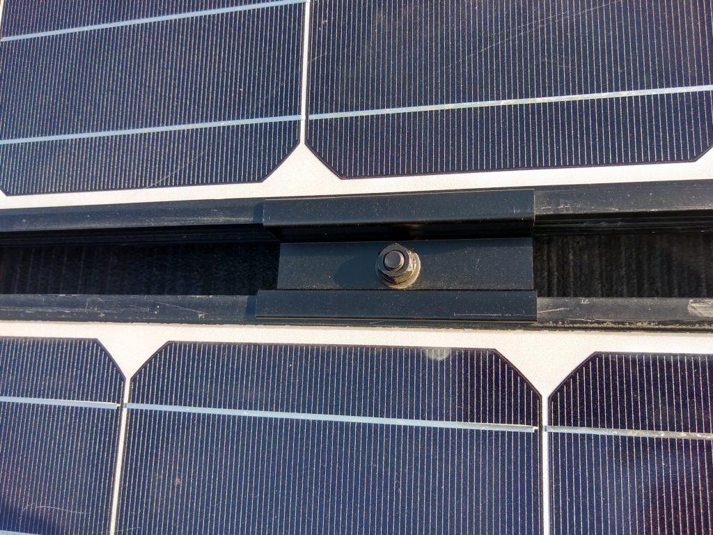 太陽光パネル 中間固定