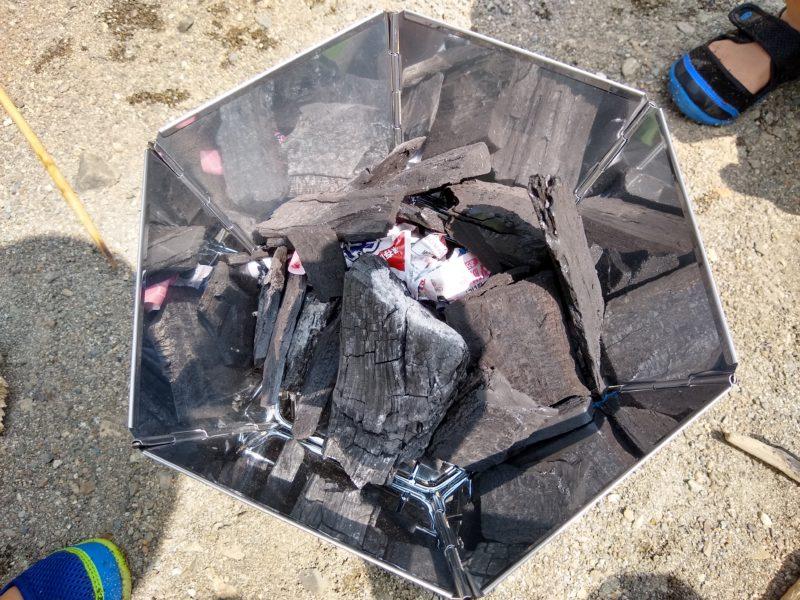 炭 着火 煙突効果