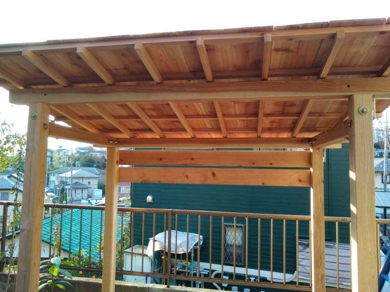 駐輪場 木造
