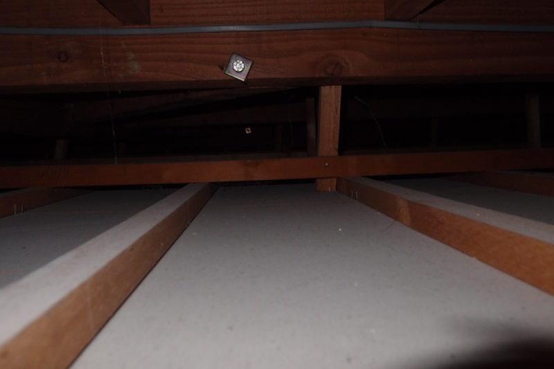 天井裏 下地