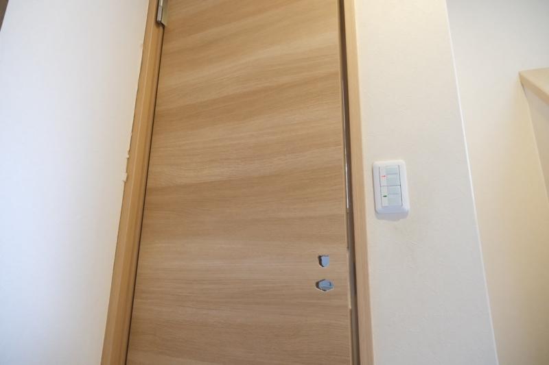 ドアの交換